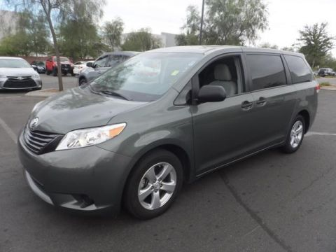 Certified Pre-Owned 2013 Toyota Sienna CE FWD Mini-van, Passenger